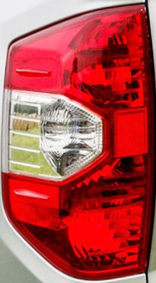Toyota Tundra 2014 2015 2016 2017 2018 2019 2020 tail light left driver