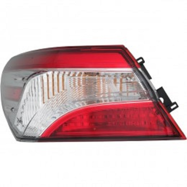 Toyota Camry 2018 2019 tail light outer left driver L, LE models