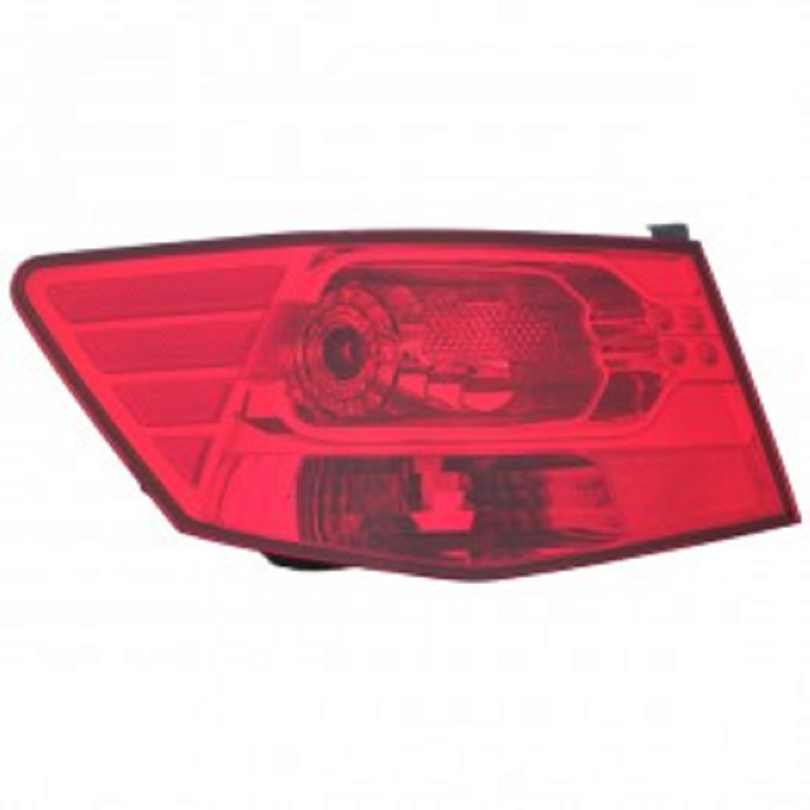 Kia Forte Sedan 2010 2011 2012 2013 tail light outer left driver