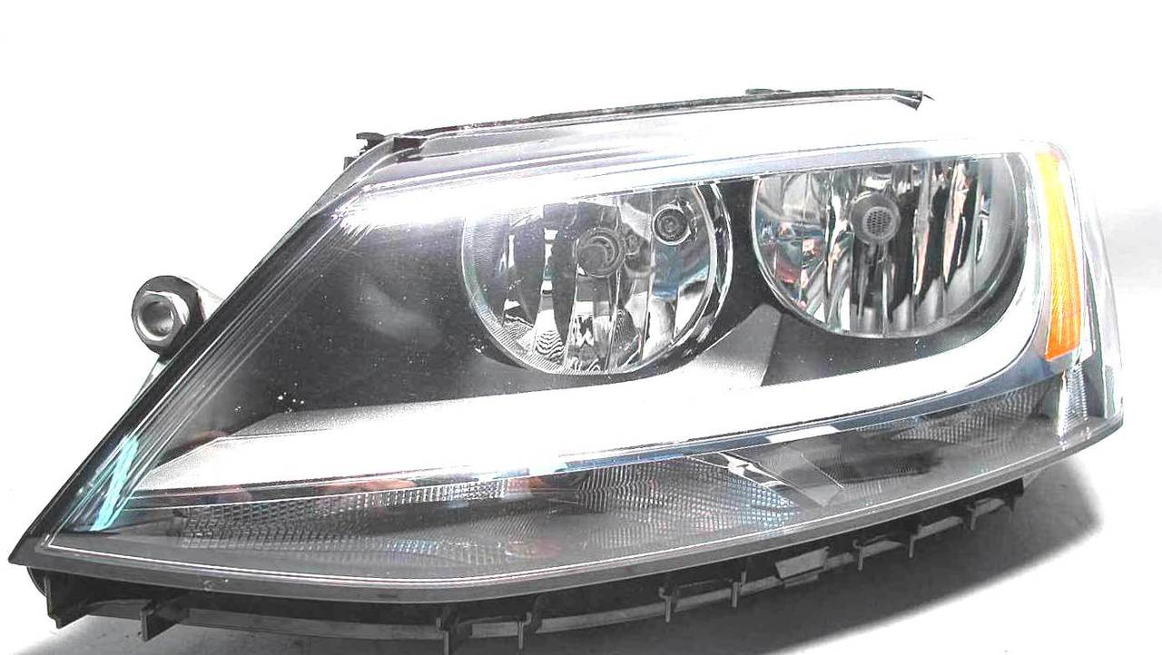 Volkswagen Jetta 2011 2012 2013 2014 2015 2016 left driver headlight