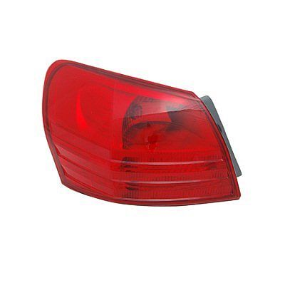 Nissan Rogue 2008 2009 2010 2011 2012 2013 2014 tail light outer left driver