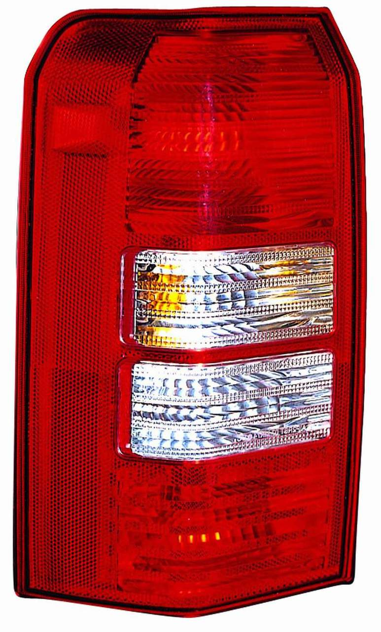 Jeep Patriot 2007 tail light left driver